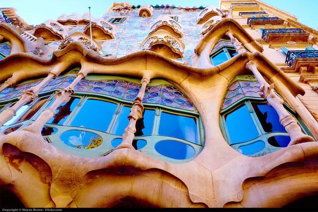 Casa Gaudí Primavera